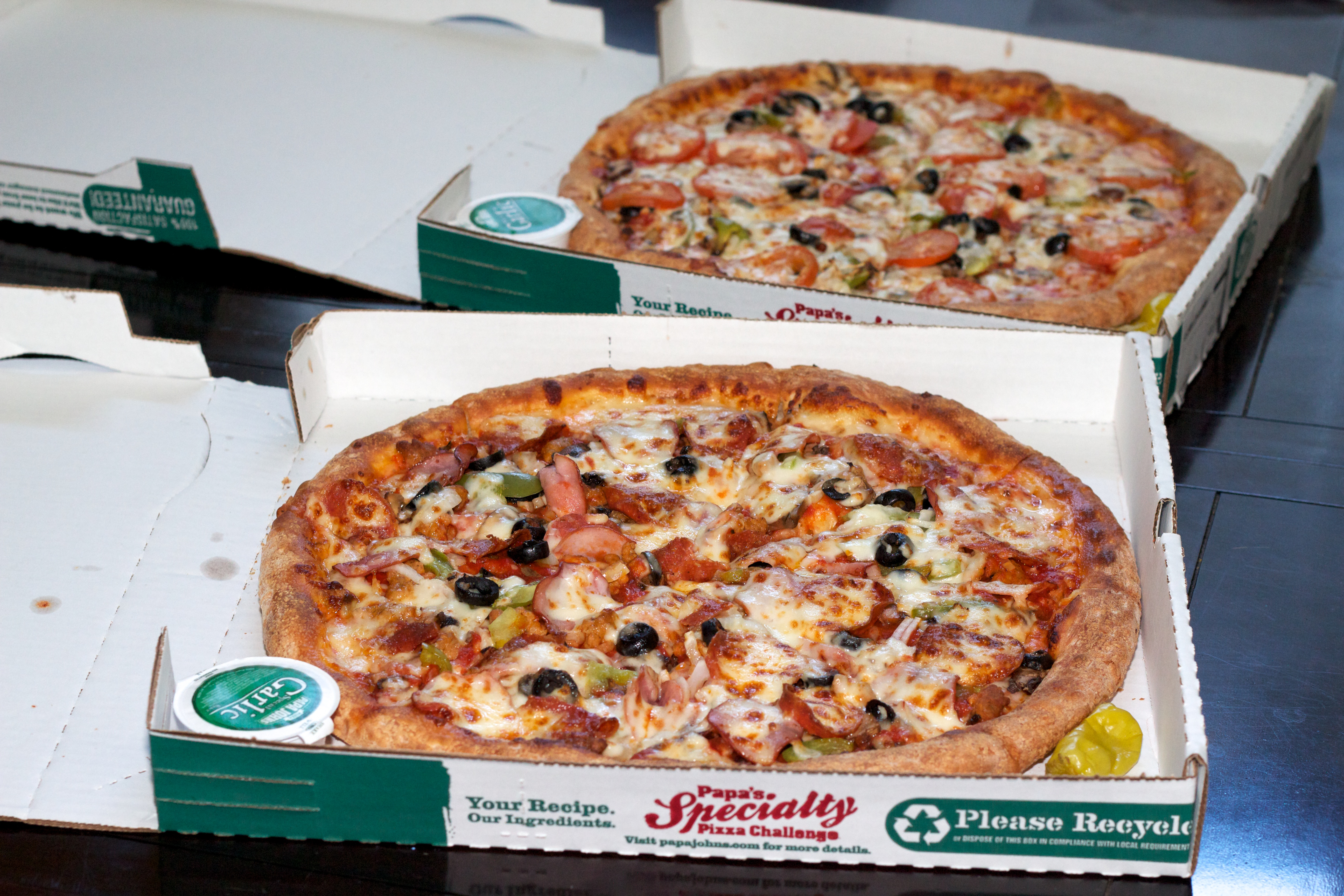 Laszlo Hanyecz posts proof of pizzas he received for 10k BTC
